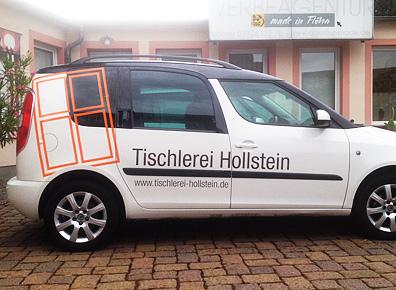 Fahrzeugbeschriftung auf Seite eines Transporter der Firma Hollstein
