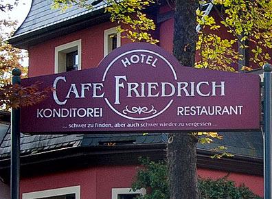 Schild Cafe Friedrich Augustusburg